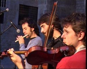 Ball folk a la Hèsta d'Aran, el 17 de juny de 2008 a la Plaça del Rei de Barcelona